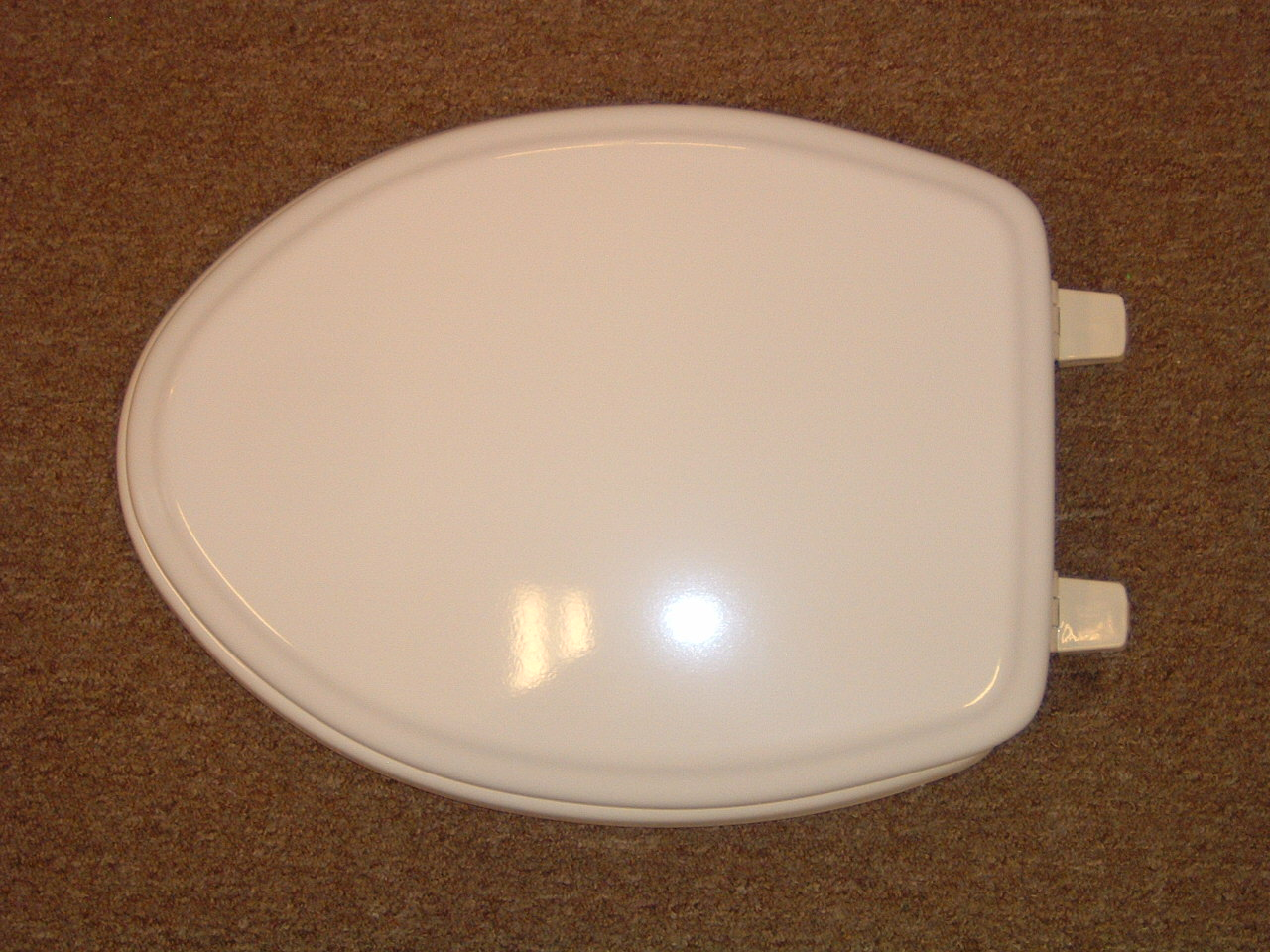 American Standard Elongated Town Square Toilet Seat Call