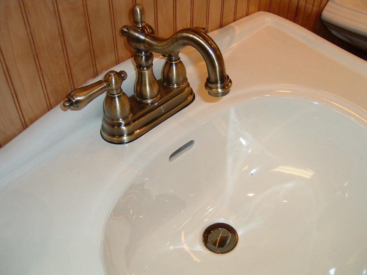 Kingston Brass Kin Kb1603al Vintage Antique Brass Faucet